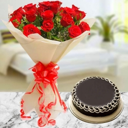 8 Red Roses Bunch And Chocolate Cake