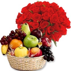 Fresh Fruit With Red Roses Bunch