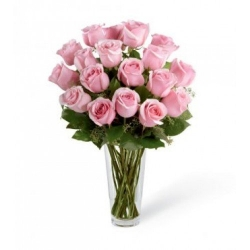 Glass Vase Arrangement With Pink Roses