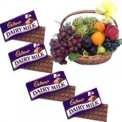 Chocolate With Fresh Fruit Combo