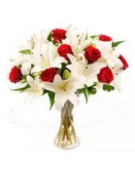 Red N White Flower Arrangement
