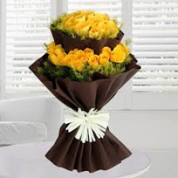 25 Yellow Roses Bunch With Paper Packing