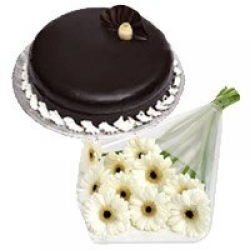 Chocolate Truffle Cake With White Daisies