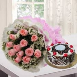 Pink Roses Bunch With Black Forest Cake