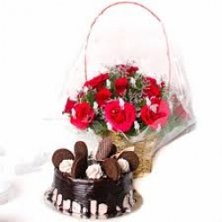 Red Roses And Chocolate Oreo Cake