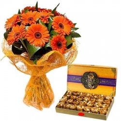 Orange Daisies And Sweets Combo