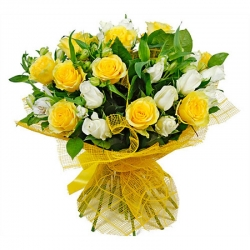 Bunch Of White And Yellow Roses