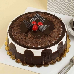 Black Forest Cake 6 Inches