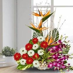 Designer Flower Bouquet For Mother