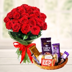 Red Roses Bunch With Mix Chocolates