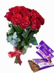 Red Roses Bouquet With Dairy Milk Chocolate