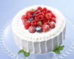 Strawberry Cake - 2 Kg Or 4 Pound