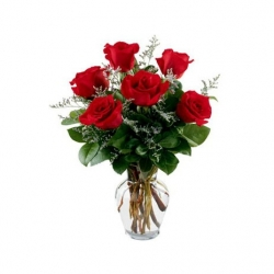 6 Red Roses With Glass Vase