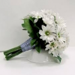 Hand Tied Bunch Of White Daisies